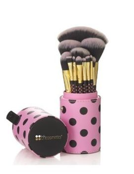 bh-cosmetics-pink-a-dot-brush-set by bhcosmetics