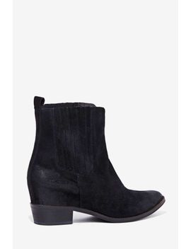 matisse-meyer-suede-boot by nasty-gal