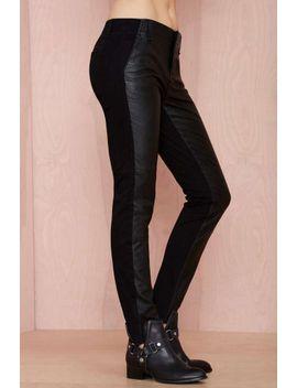 blank-nyc-slap-happy-vegan-leather-pants by nasty-gal