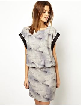 yas-kimo-printed-dress by yas