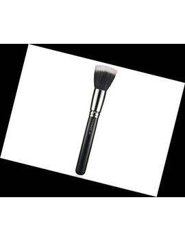 mac-187-duo-fibre-face-brush~gr8-for-applying-liquid-foundation-~new-in-sleeve-~ by ebay-seller