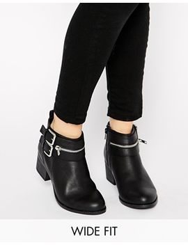 new-look-wide-fit-captivate-low-heeled-ankle-boots by new-look