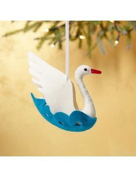 felt-ornament---swan by west-elm