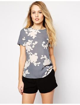 oasis-floral-shadow-dip-back-tee by oasis