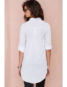 leslie-button-down-tunic by nasty-gal