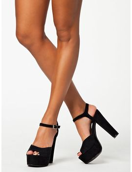 plain-platform-sandal by nly-shoes