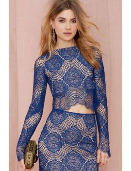 for-love-and-lemons-grace-lace-crop-top---blue by nasty-gal