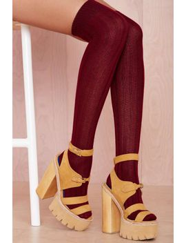 rise-up-socks---burgundy by nasty-gal
