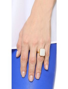 daydream-tech-ring by ringly