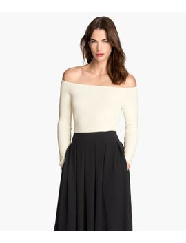 off-the-shoulder-top by h&m