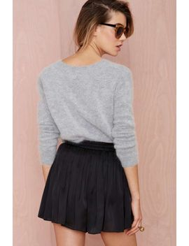 tiny-dancer-pleated-shorts by nasty-gal