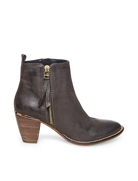 wantagh by steve-madden