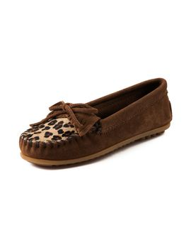 womens-minnetonka-leopard-kilty-moc-casual-shoe by minnetonka