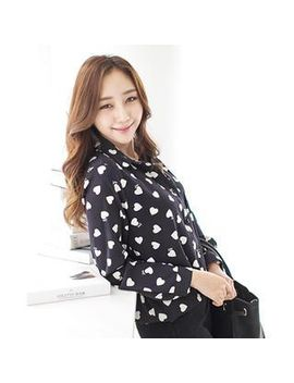 j-ann---heart-print-lettering-blouse by j-ann