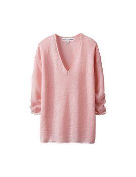 women-ines-premium-linen-v-neck-3_4-sleeve-sweater by uniqlo
