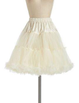 va-va-voluminous-petticoat-in-ivory---short by modcloth