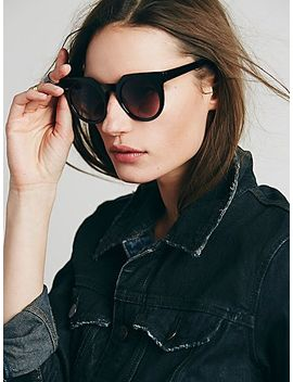 daybreak-sunglass by free-people