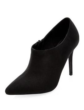 black-pointed-shoe-boots by new-look
