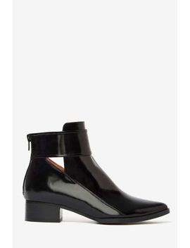 jeffrey-campbell-starkey-box-leather-boot by nasty-gal