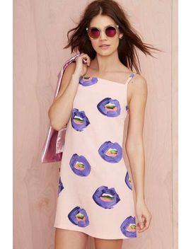 pippa-lynn-kiss-me-hardy-crepe-dress by nasty-gal