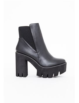 alexia-cleated-sole-chelsea-boots-black by missguided