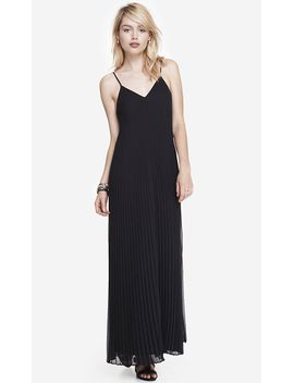 pleated-chiffon-maxi-dress by express