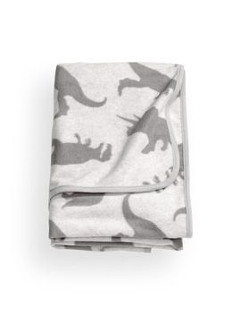 patterned-fleece-blanket by h&m