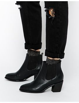 daisy-street-black-heeled-chelsea-boot by daisy-street