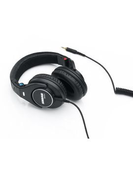 shure-srh840-professional-monitoring-headphones by shure