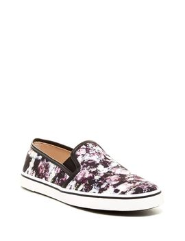 gibsin-slip-on-sneaker by dv-by-dolce-vita