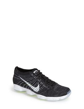 flyknit-zoom-agility-training-shoe by nike