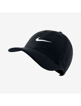 adjustable-hat by nike