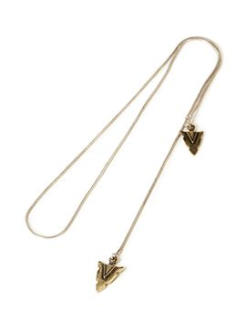 etched-arrow-lariat-necklace by forever-21