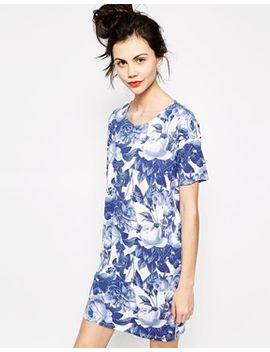 monki-printed-t-shirt-dress by monki