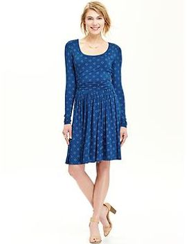 womens-patterned-jersey-dresses by old-navy