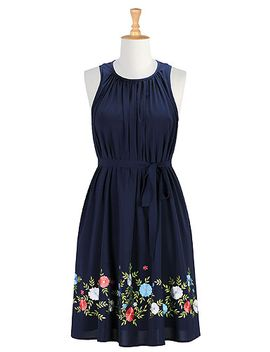 floral-embellished-crepe-shift-dress by eshakti