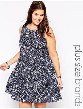 diya-plus-size-daisy-print-dress by plus-size-dress