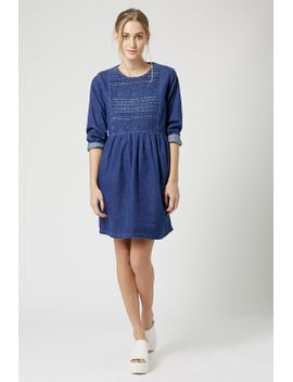 moto-embroidered-smock-dress by topshop