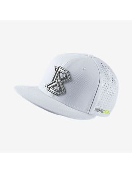 fitted-baseball-cap by nike