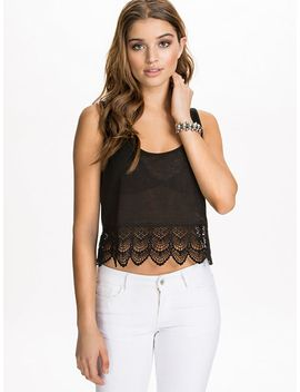 lace-edge-top by nly-blush