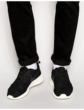 nike-roshe-run-trainers-in-black-511881-010 by nike