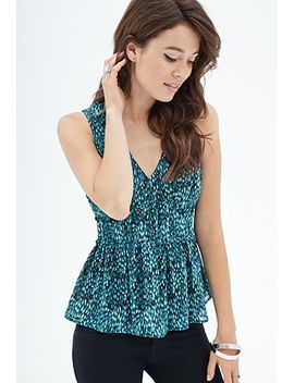 abstract-dotted-ruffle-top by forever-21