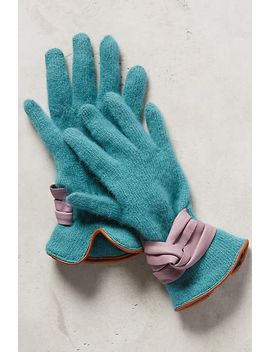 bow-cuffed-gloves by anthropologie