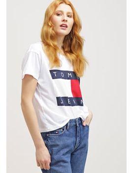 shoptagr tjw 90s t shirt print white by hilfiger denim. Black Bedroom Furniture Sets. Home Design Ideas