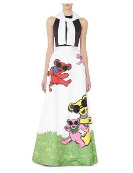 Cropped Intarsia Pullover Sweater, Tru Sleeveless Structured Crop Top & Grateful Dead® Bears Embellished Ball Gown Skirt by Alice + Olivia