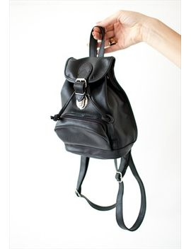 vintage-retro-black-leather-little-bag-pack by no-brand-name