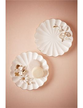 rilievo-dessert-plate by bhldn