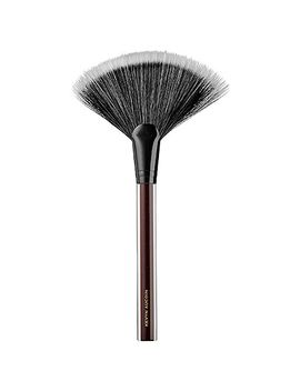 the-large-fan-brush by kevyn-aucoin