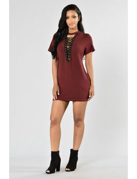 strung-out-tunic---burgundy by fashion-nova