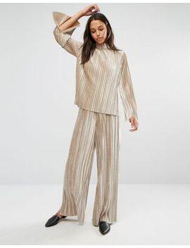glamorous-velvet-plisse-flared-trousers-co-ord by glamorous